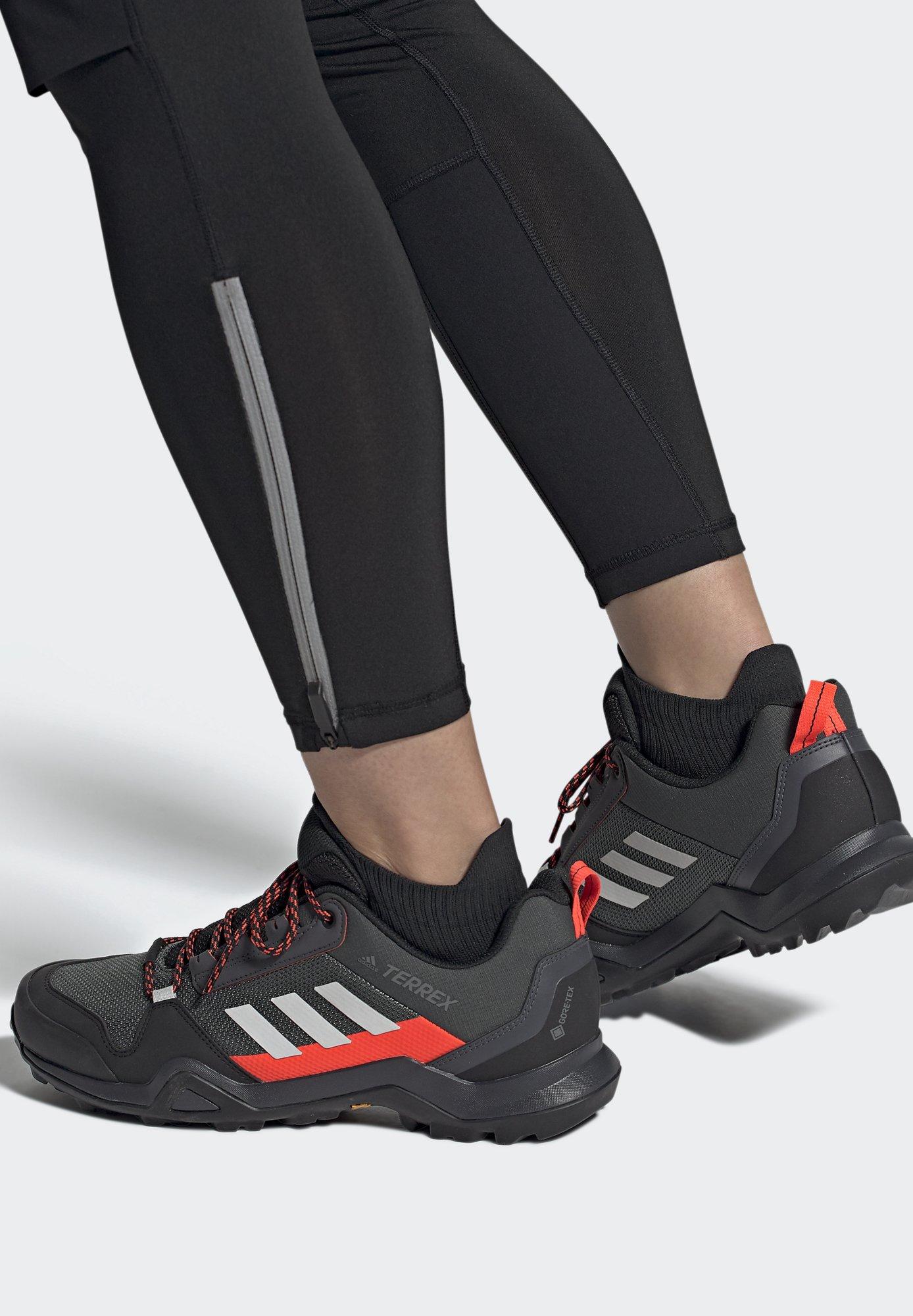 TERREX AX3 GTX - Chaussures de marche - grey/light red