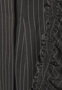 Missguided - RUCHED SLEEVE BLAZER DRESS PINSTRIPE - Kjole - black - 2