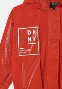 DKNY - HOODED - Light jacket - poppy - 2
