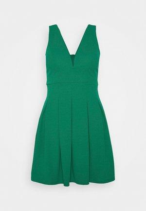 Day dress - leaf green