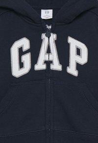GAP - TODDLER BOY LOGO - Zip-up hoodie - blue galaxy - 2