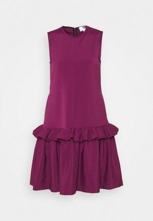 FLOUNCE SHIFT DRESS - Cocktail dress / Party dress - raspberry jam