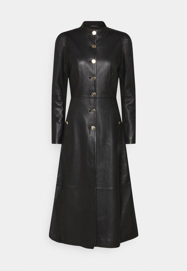 MIDNIGHT COAT - Klasický kabát - black