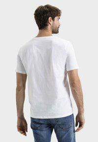 camel active - Basic T-shirt - white - 2