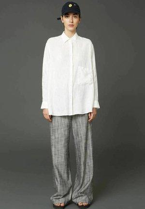 ELMA  - Button-down blouse - off white