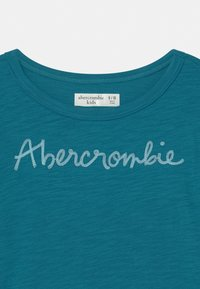 Abercrombie & Fitch - EMBROIDERED LOGO  - Print T-shirt - ocean depth - 2