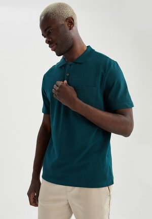 RELAX FIT - Polo - green