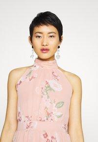 Vero Moda - VMLOVELY HALTERNECK LONG DRESS - Maxi dress - misty rose - 3