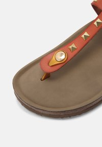 Madden Girl - BARNABY - T-bar sandals - light cognac - 5