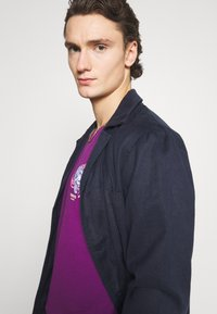 YOURTURN - UNISEX - T-shirt med print - purple - 3