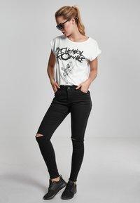 Merchcode - MY CHEMICAL ROMANCE - Print T-shirt - white - 1