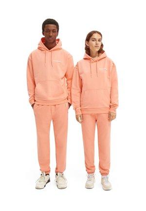 ORGANIC HOODED UNISEX  - Hoodie - flamingo pink