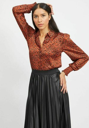 Button-down blouse - burnt henna