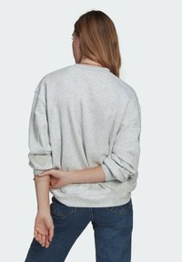 adidas Originals - Sweatshirt - light grey heather - 2