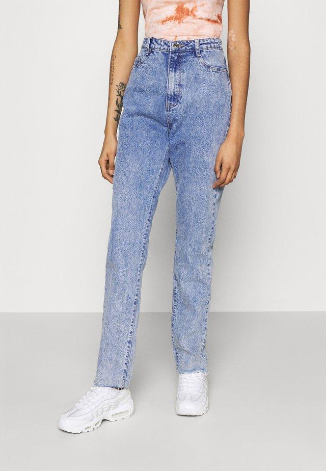 LONGER LENGTH RAW HEM WRATH - Jeans straight leg - blue