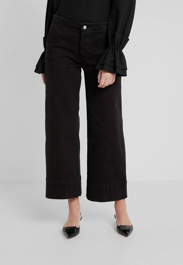 ACTION PANTS - Kalhoty - black