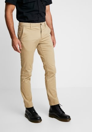 SARGENT LAKE STRETCH - Chinos - british khaki