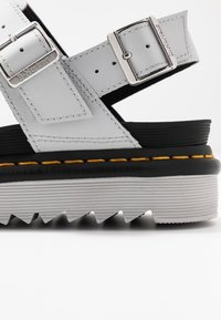 Dr. Martens - VOSS - Platform sandals - light grey hydro - 2