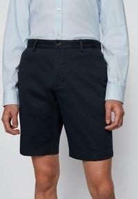 BOSS - SLICE - Shorts - dark blue - 3