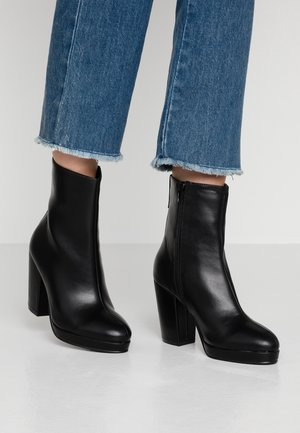 DANIQUE PLATFORM BOOT - High heeled ankle boots - black