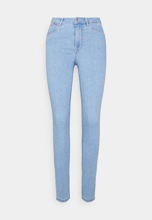 VMJUDY SLIMJEGGING  - Jeans Skinny Fit - light blue denim