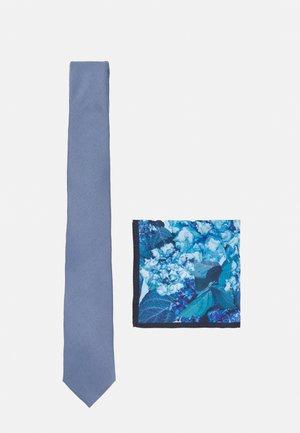 GEO TIE FLORAL HANKIE SET - Tie - blue