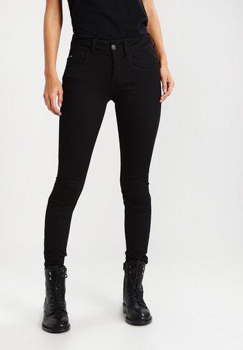 LYNN MID SUPER SKINNY  - Jeans Skinny Fit - yield black ultimate stretch denim