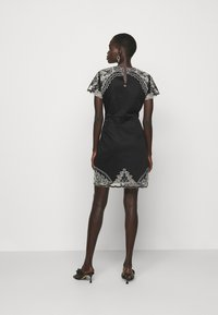 TWINSET - ABITO IN SANGALLO - Cocktail dress / Party dress - neve/nero - 2