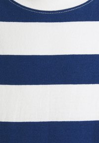 Marc O'Polo DENIM - SHORT SLEEVE BLOCK STRIPE - Print T-shirt - multi/estate blue - 2