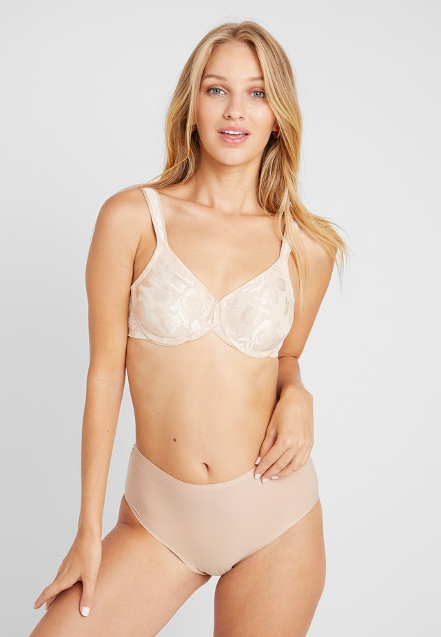 AWARENESS SEAMLESS UNDERWIRE BRA - Sujetador con aros - naturally nude