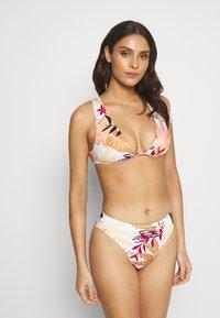 Roxy - POP - Bikini top - bright white/nirantara - 1