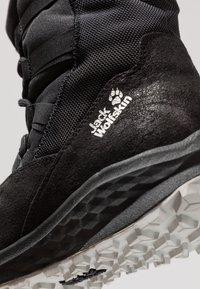 Jack Wolfskin - NEVADA TEXAPORE MID - Winter boots - black - 5