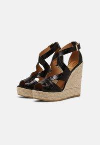 Kanna - SOFIA - Platform sandals - schwarz - 2