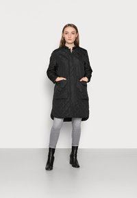 Selected Femme Petite - SLFFILLIPA QUILTED COAT - Parka - black - 0