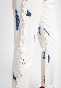 Desigual - BLEACH LONG - Jean droit - blue - 3