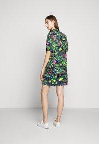 Polo Ralph Lauren - PRINTED - Camisa - green/dark blue - 5