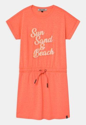 SANIBEL  - Robe en jersey - neon orange