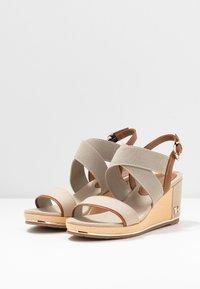 Tommy Hilfiger - ESTELLA  - Platform sandals - stone - 4