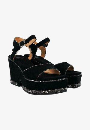 AMARA - Sandales à plateforme - black