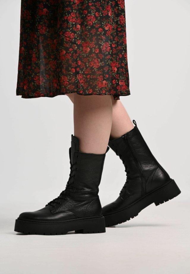 DIANA - Platform ankle boots - black/ black