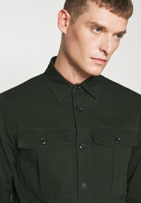 Solid - SDLOKE OVERSHIRT - Korte jassen - forest night - 4