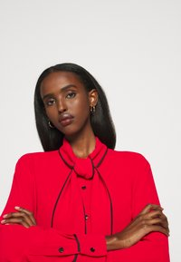 Mulberry - OTTILIE BLOUSE - Button-down blouse - bright red - 4