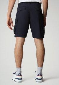 Napapijri - NOTO - Shorts - blu marine - 1