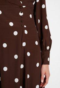 IVY & OAK - BOHEMIAN  - Maxi dress - dark chocolate - 7