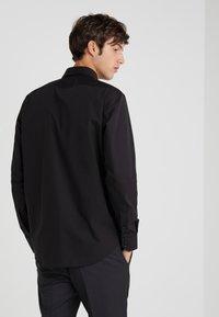 HUGO - ENZO REGULAR FIT     - Formal shirt - black - 2