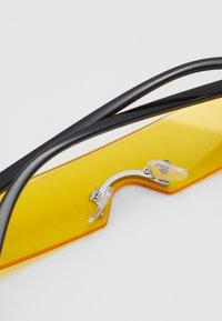 Only & Sons - ONSSUNGLASSES UNISEX - Lunettes de soleil - vibrant yellow - 2