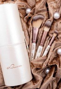 Luvia Cosmetics - BRUSH SET - Zestaw pędzli do makijażu - prime vegan - 5