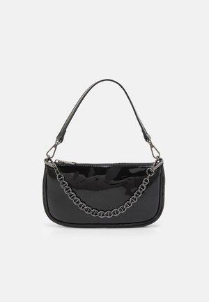 BSHEALA - Handbag - black