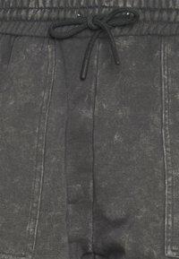 Urban Threads - UNISEX - Shorts - grey - 2
