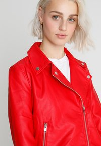 Even&Odd - Imitatieleren jas - red - 3